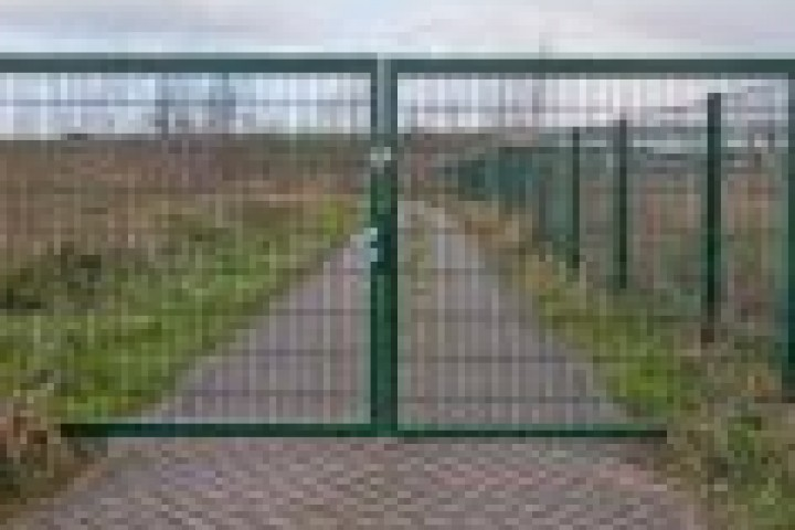 Fencing Companies Weldmesh fencing 720 480